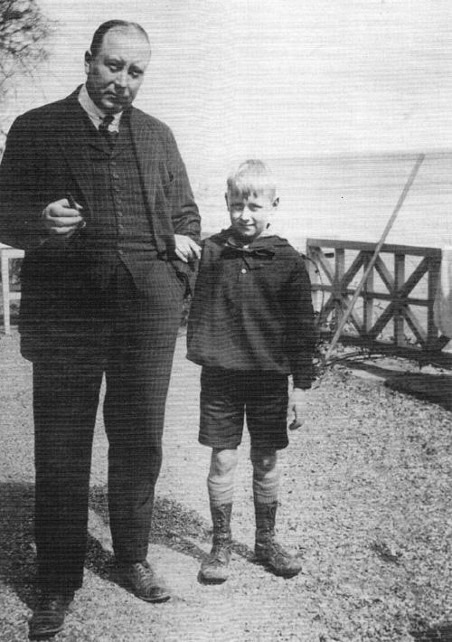 Einar Esmer med sønnen Jørgen